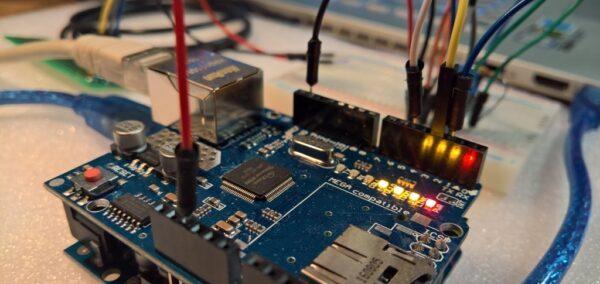 Arduino UNO mit Ethernet shield