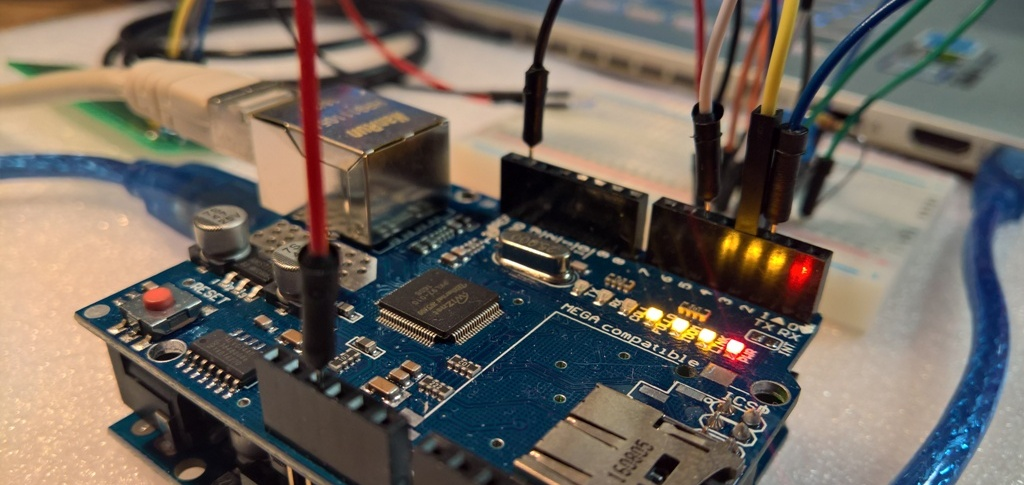 Arduino UNO mit Ethernet shield